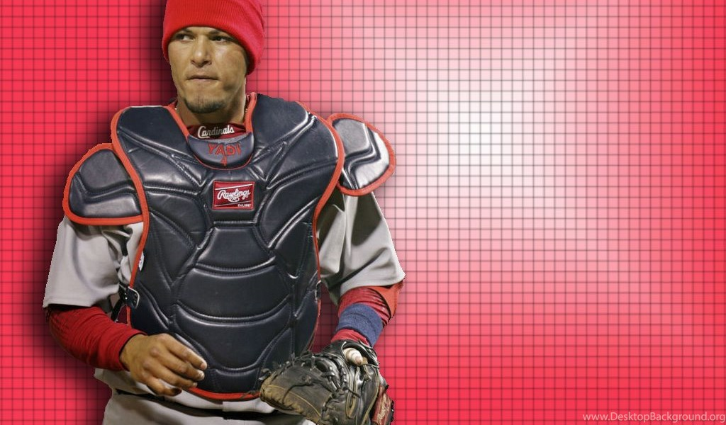 Yadier Molina Catching 2016
