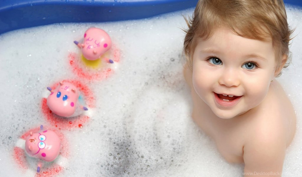 Download Wallpapers Cute Baby Boy Bathing Soap Hd Wallpapers Desktop