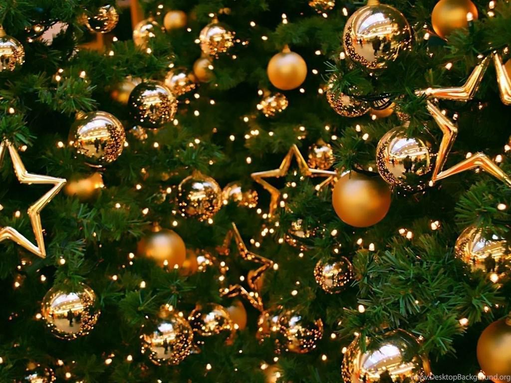 Christmas Tree Images Hd.Merry Christmas Balls And Christmas Tree Hd Wallpaper Image
