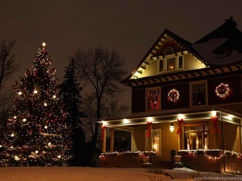 Country Christmas Background Wallpaper.Houses Country Christmas White Tree Gold Brown Snow Wreaths