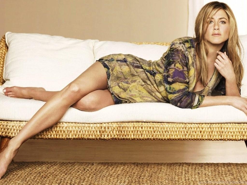 Aniston hot jennifer Popoholic »
