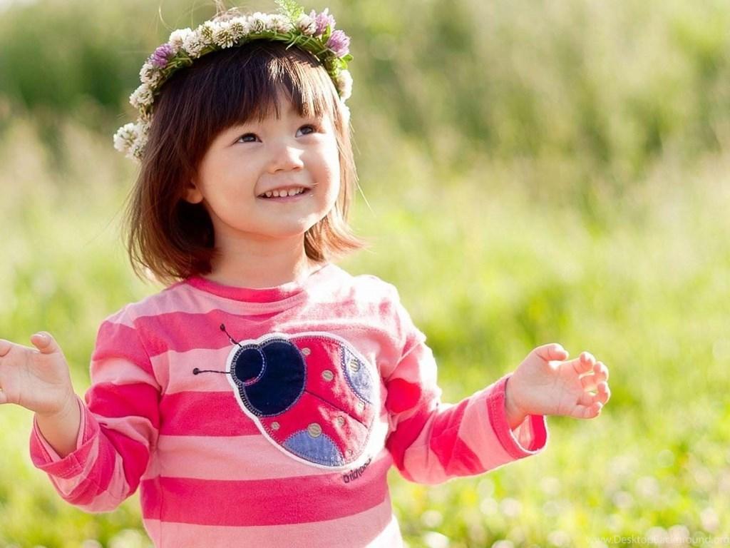 Baby Girl Wallpapers Free Download 7hdwallpapers Desktop Background