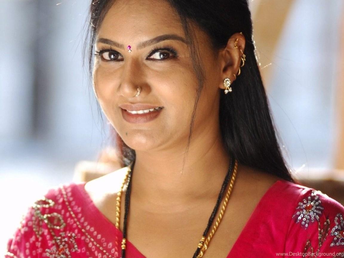 Wallpapers South Indian Actress Saree Hot Raksha Pics Images Desktop Background