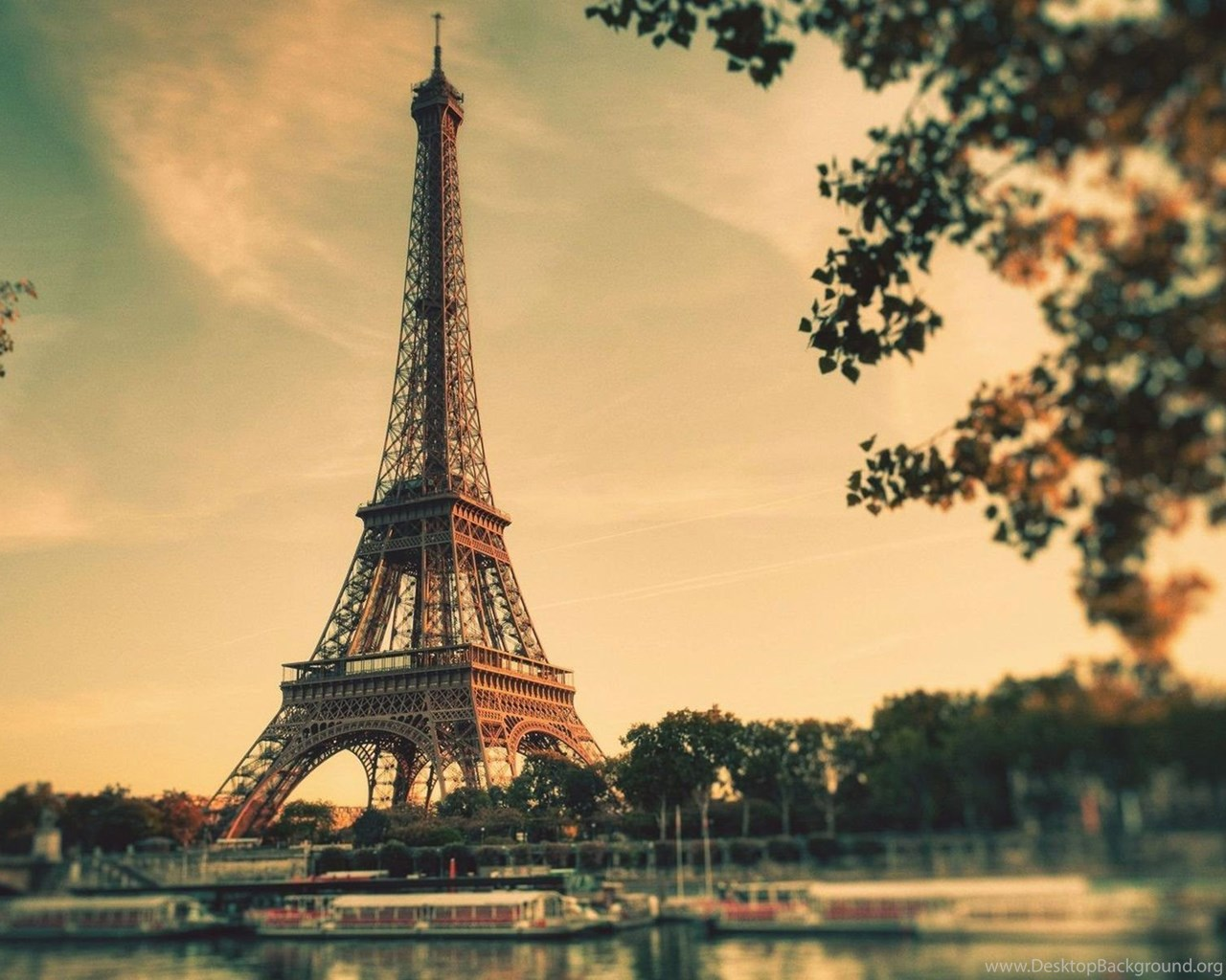 Beautiful Eiffel Tower In Paris HD Wallpapers Desktop ...