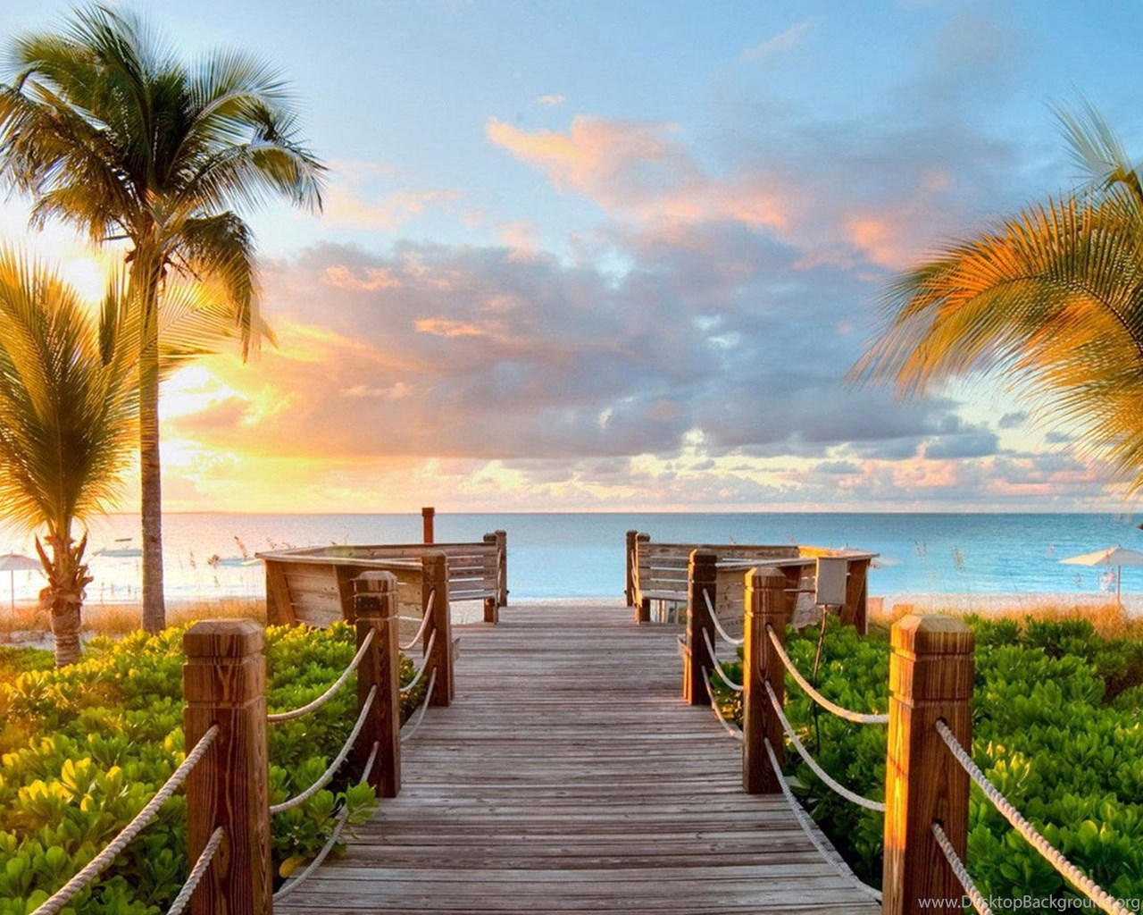 Download Beach Wallpaper Ipad Gallery: Tropical Summer Beach And View Of The Sea Bridge