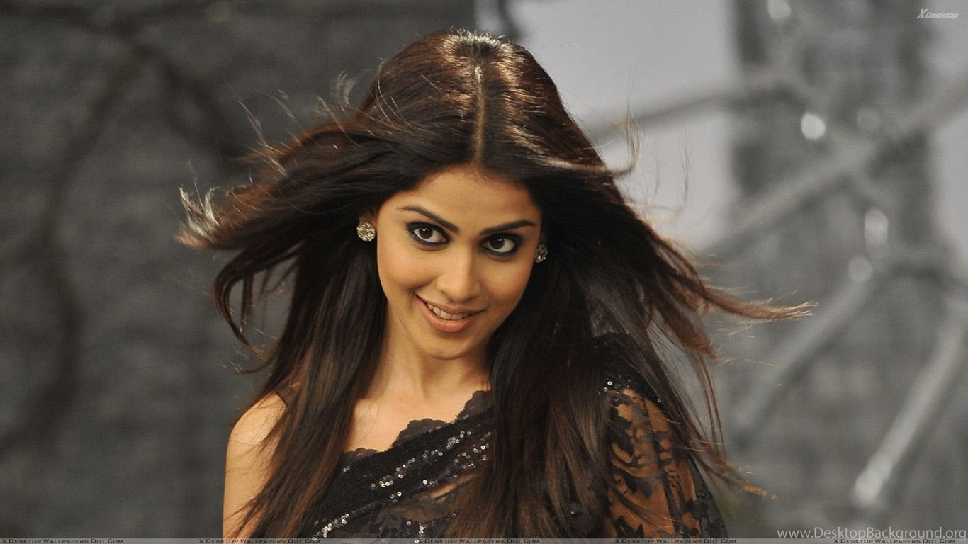 Genelia D'souza HD wallpaper for download