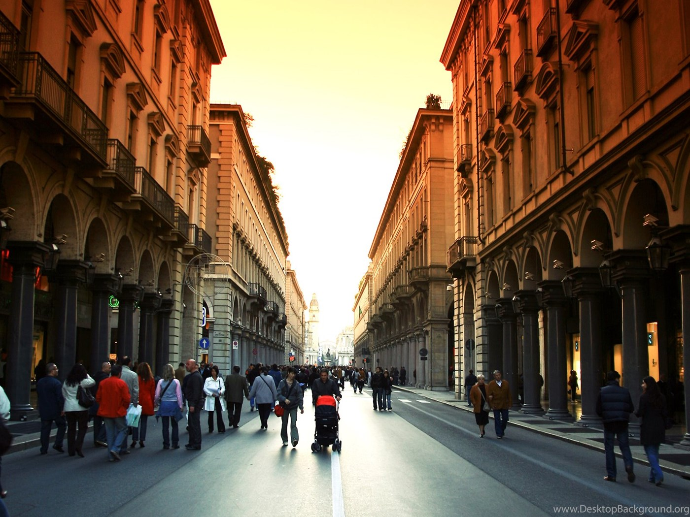 City People Street Walking Hd Wallpapers Places Amazing