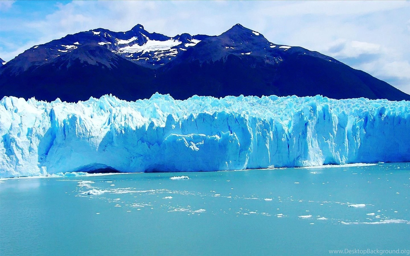 glaciers Hi, i'm emerald robinson, and in this what is video, we're going to investigate a very unique formation of ice called a glacier a glacier is defined as a.