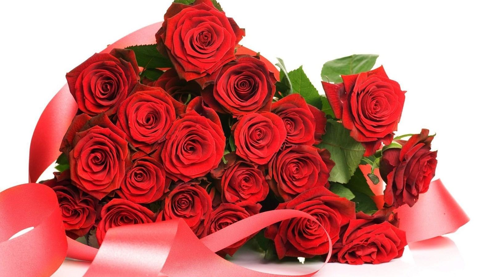 Открытки с 8 марта фото цветы для друзей