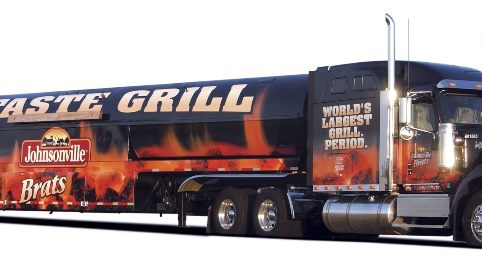 Freightliner semi trucks 18 wheeler road wallpapers - 18 wheeler wallpaper ...