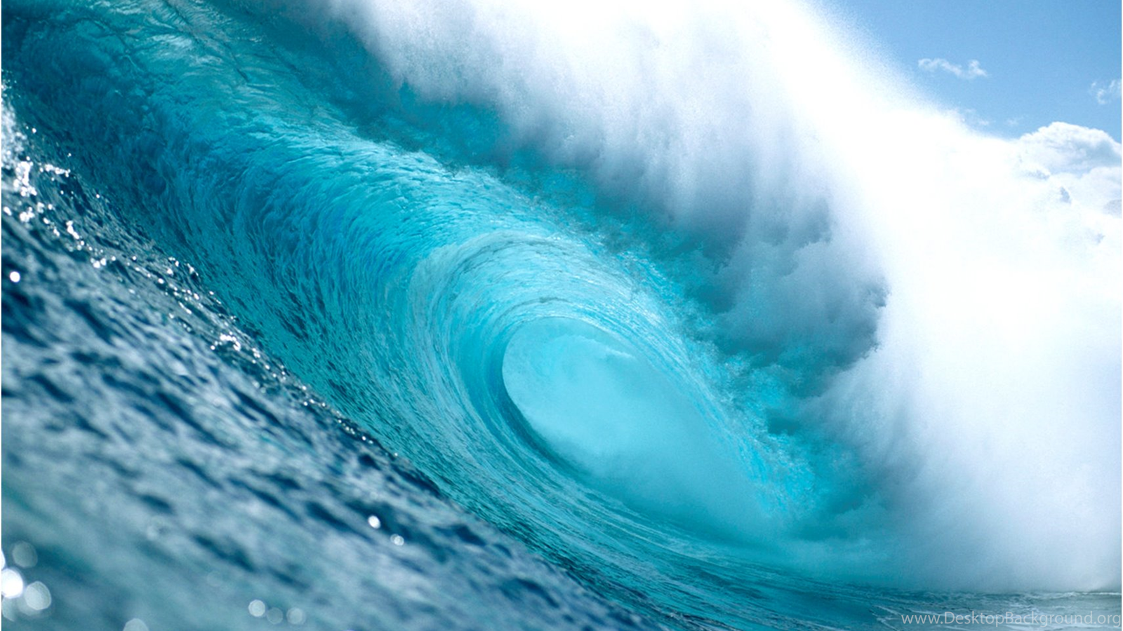 tides weather waves Waves tides ocean currents waves and the ocean currents are horizontal movements of ocean waters while the tide is a kind of vertical movement of the ocean water.
