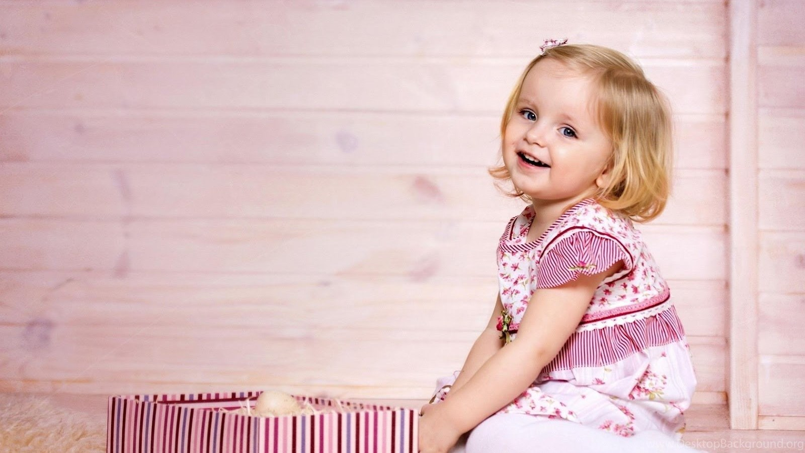 53 cute baby girl hd pc wallpapers 274 baby girls hd wallpapers popular voltagebd Gallery