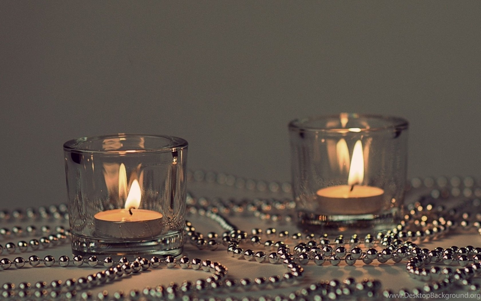 Bokeh Candles Fire Flames Beads Chain Chrome Metal Glass Wallpapers