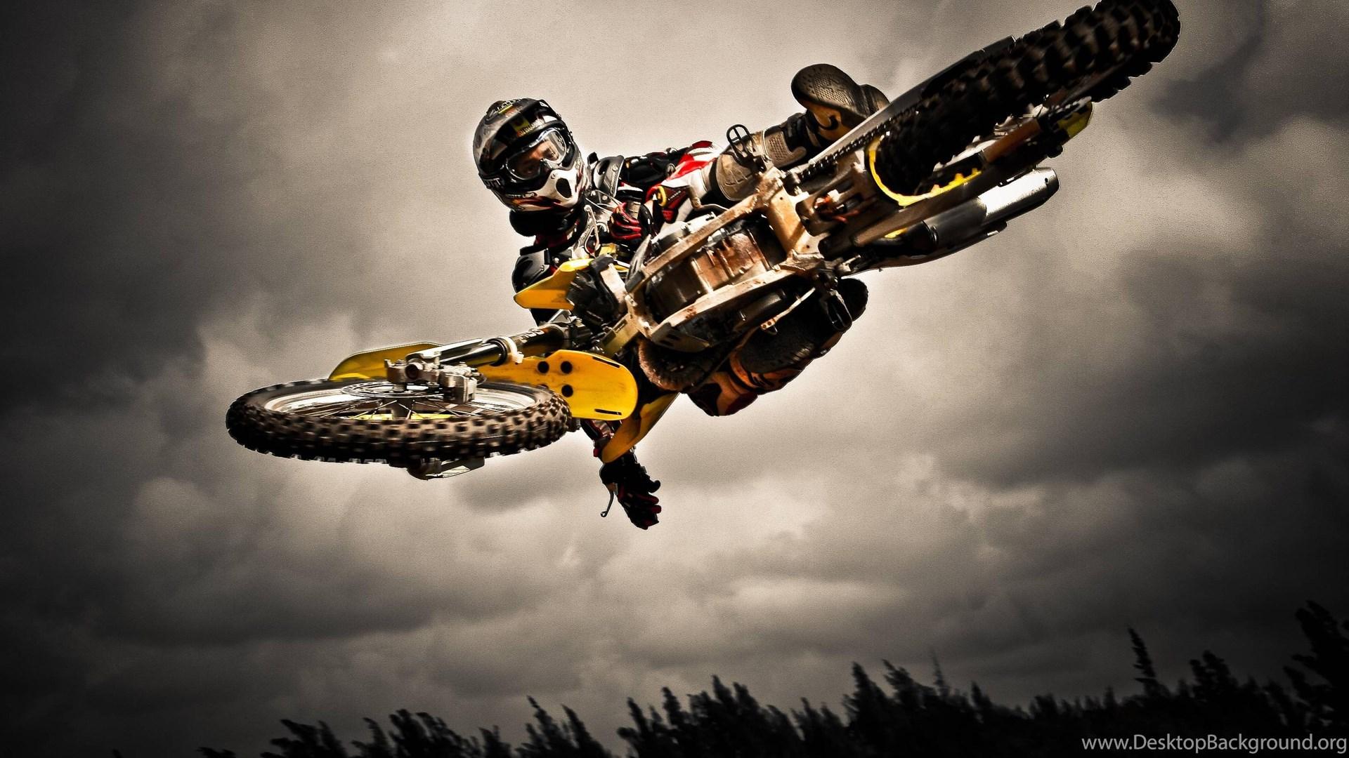 Moto Cross Wallpaper  X