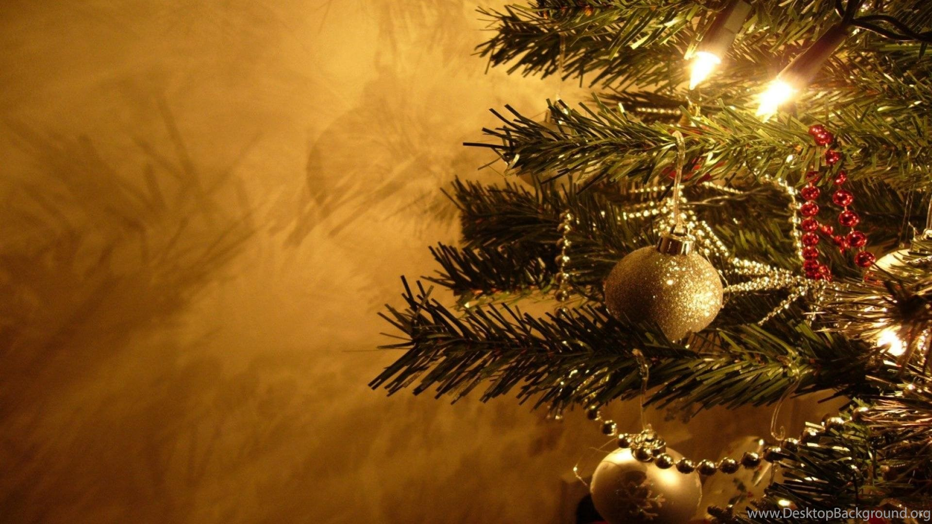 Gold Christmas Desktop Wallpapers Hd Wallpapers Free To