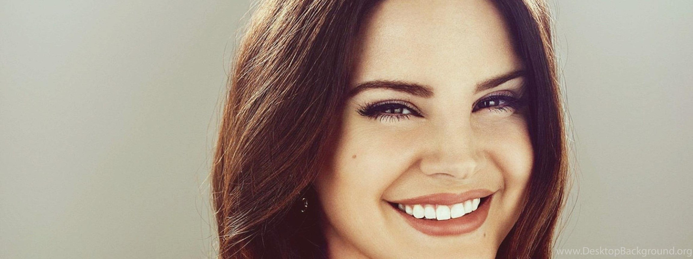Lana Del Rey Cute Smile Wallpapers Desktop Background
