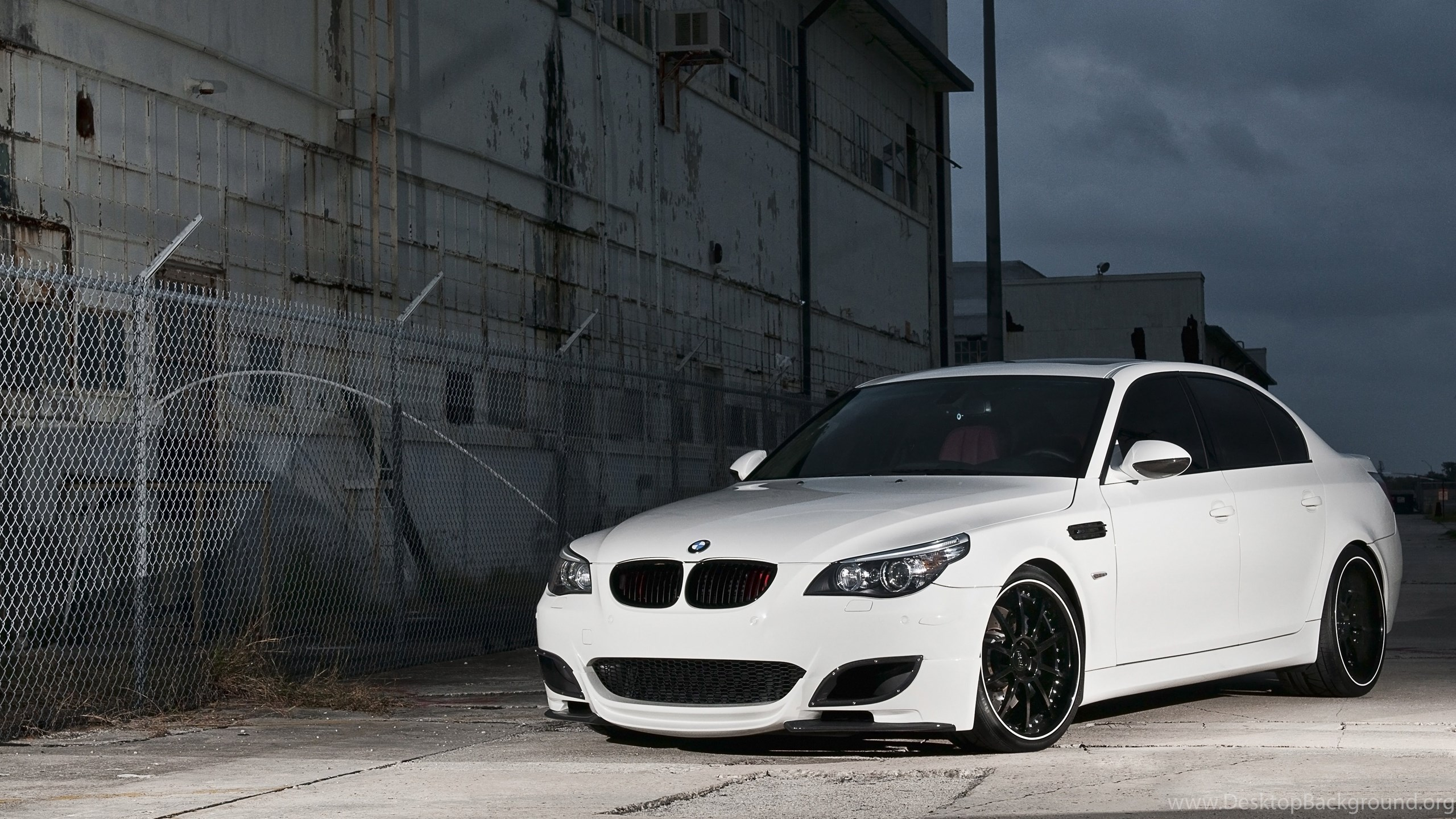 4k Wallpapers Cars White Bmw E60 M5 Lattice Fence Barbed