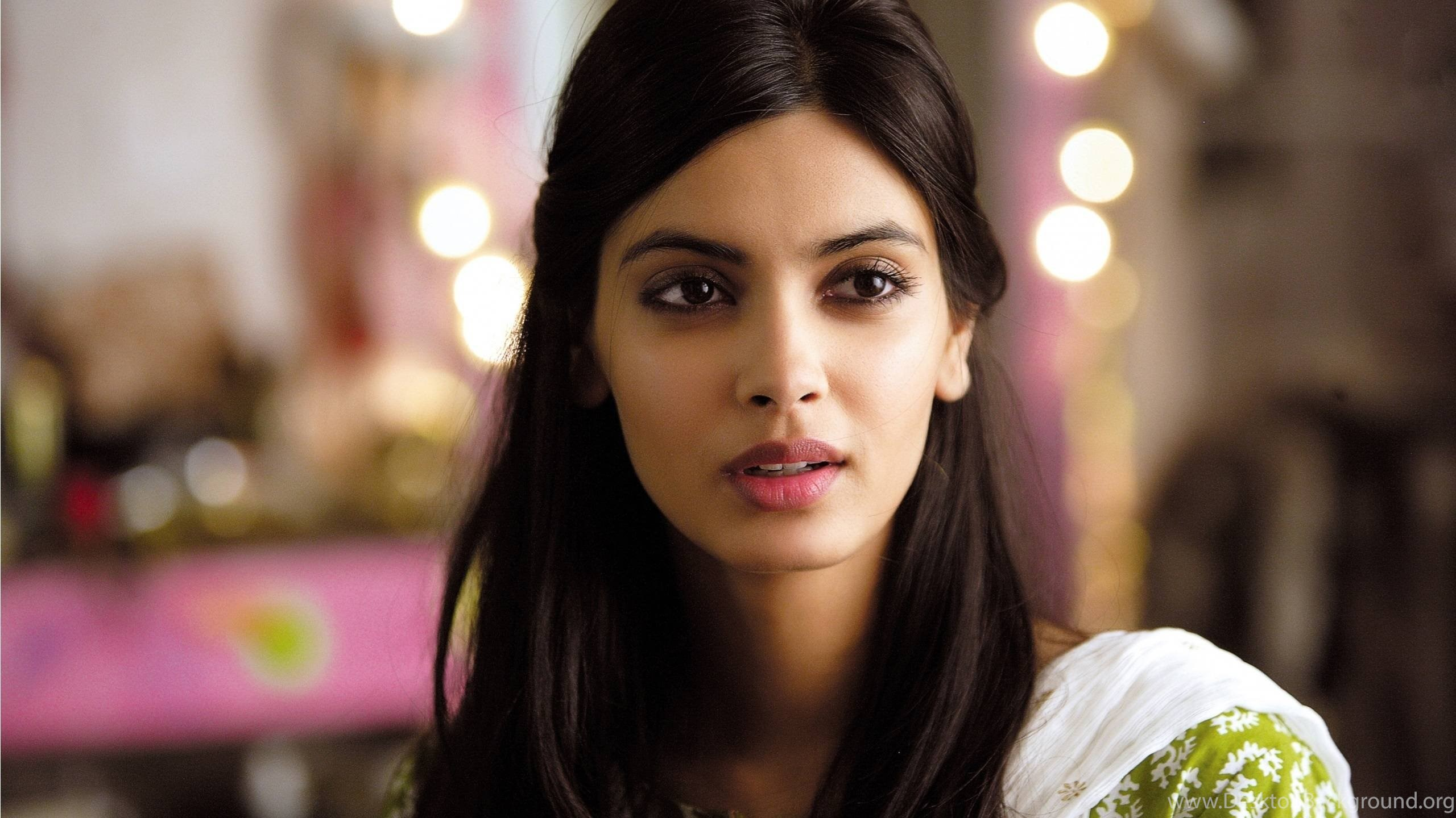 full hd wallpapers bollywood actress wallpapers cave actress