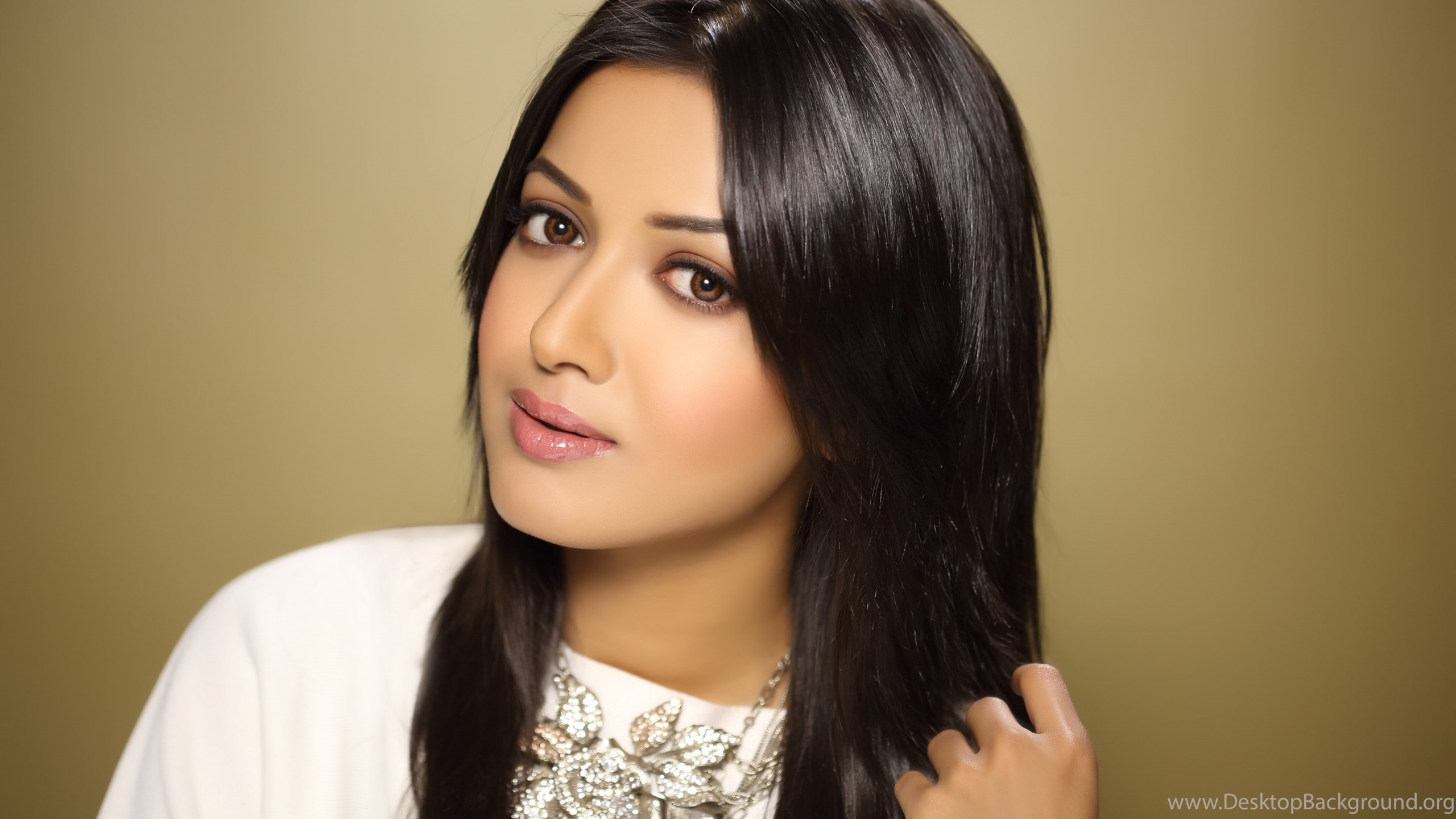 catherine tresa india bollywood bewitching hd wallpapers  desktop