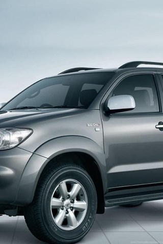 Wallpapers Toyota Fortuner Hd 1152x768 Desktop Background