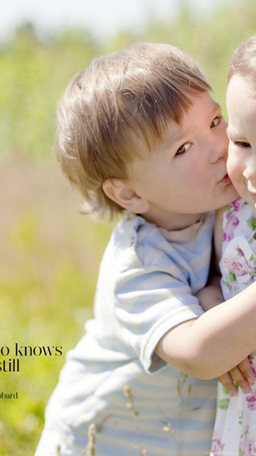 Girl and boy kiss image download-3478