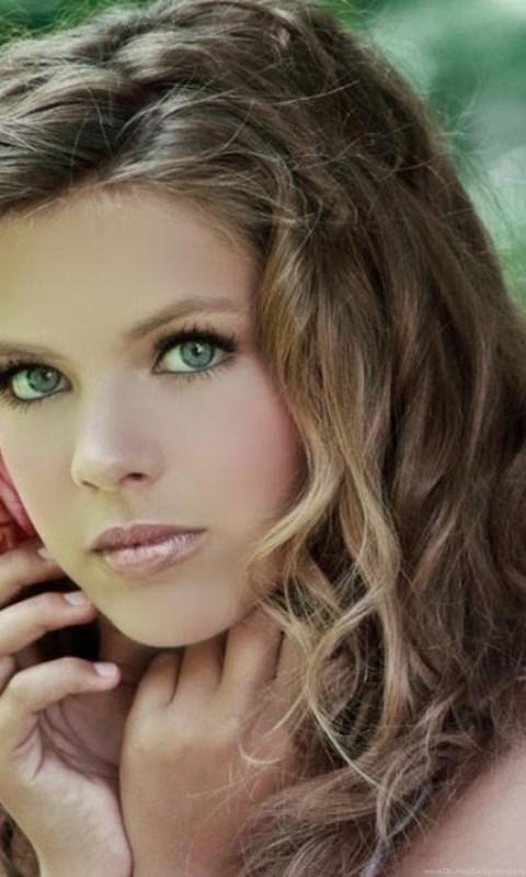 pretty girl with brown hair green eyes wallpaper desktop