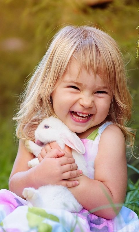 Cute Baby Girl Smile Wallpapers With Rabbit Desktop Background