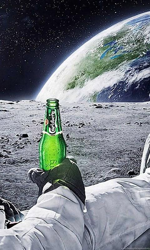 Astronaut drinking carlsberg beer moon space wallpapers - Carlsberg beer wallpaper ...