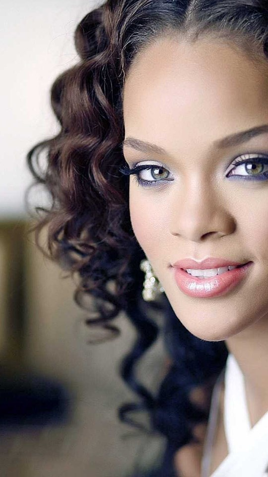 Rihanna wallpapers hd rihana pictures best collection desktop android hd 540x960 360x640 voltagebd Images