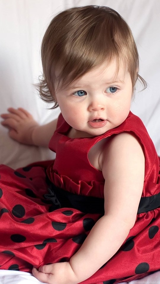 Amazing New Photos Of Sweet Smiling Baby Cutest Baby Hd Wallpapers Desktop Background
