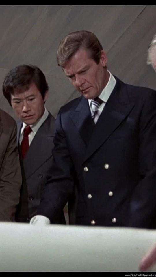 Watches In The Man With The Golden Gun 1974 Watch Freeks Desktop