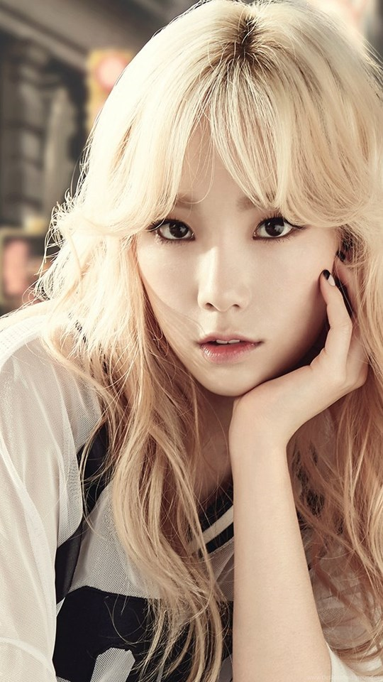 Women girls generation snsd cupcakes celebrity kim taeyeon wallpaper