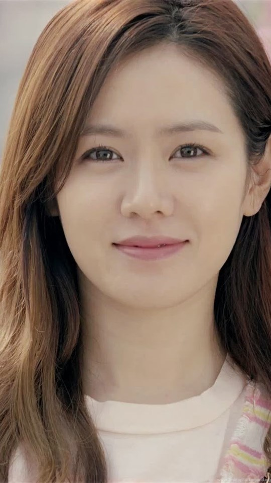 Son Ye Jin Cute Korean Girl Actress Wallpapers High Resolution Desktop Background