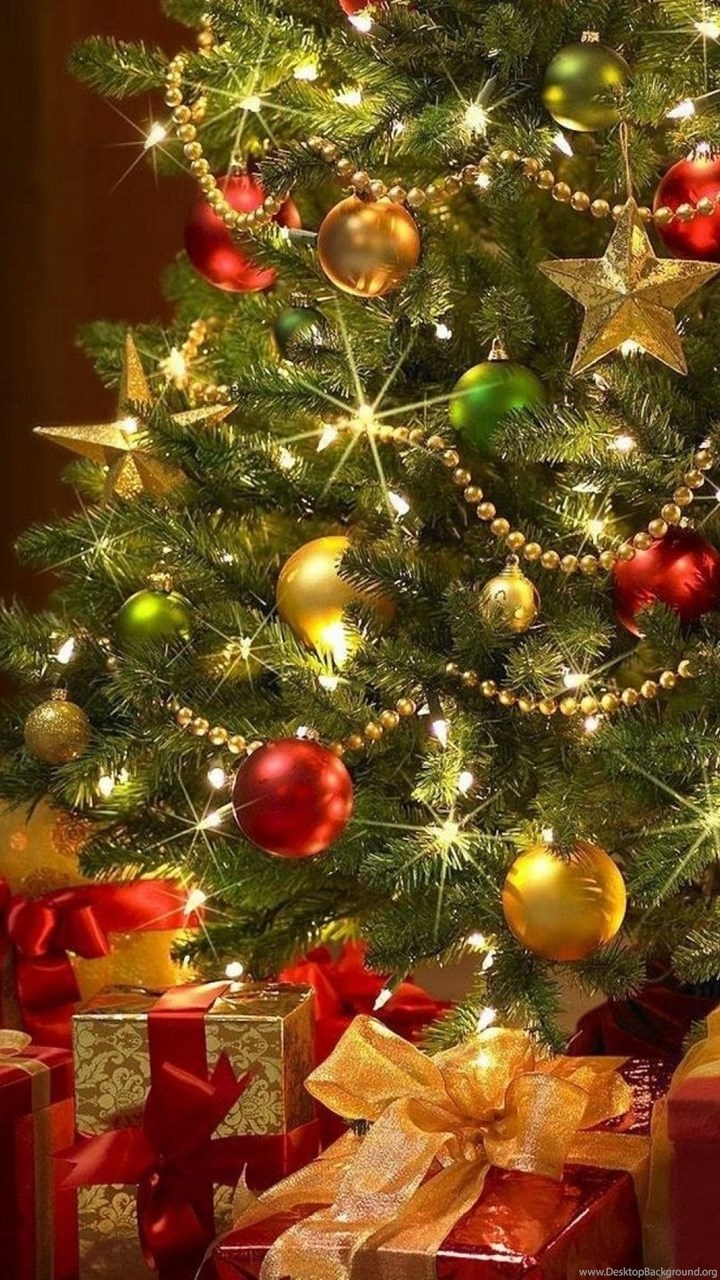 beautiful christmas tree wallpapers desktop background. Black Bedroom Furniture Sets. Home Design Ideas