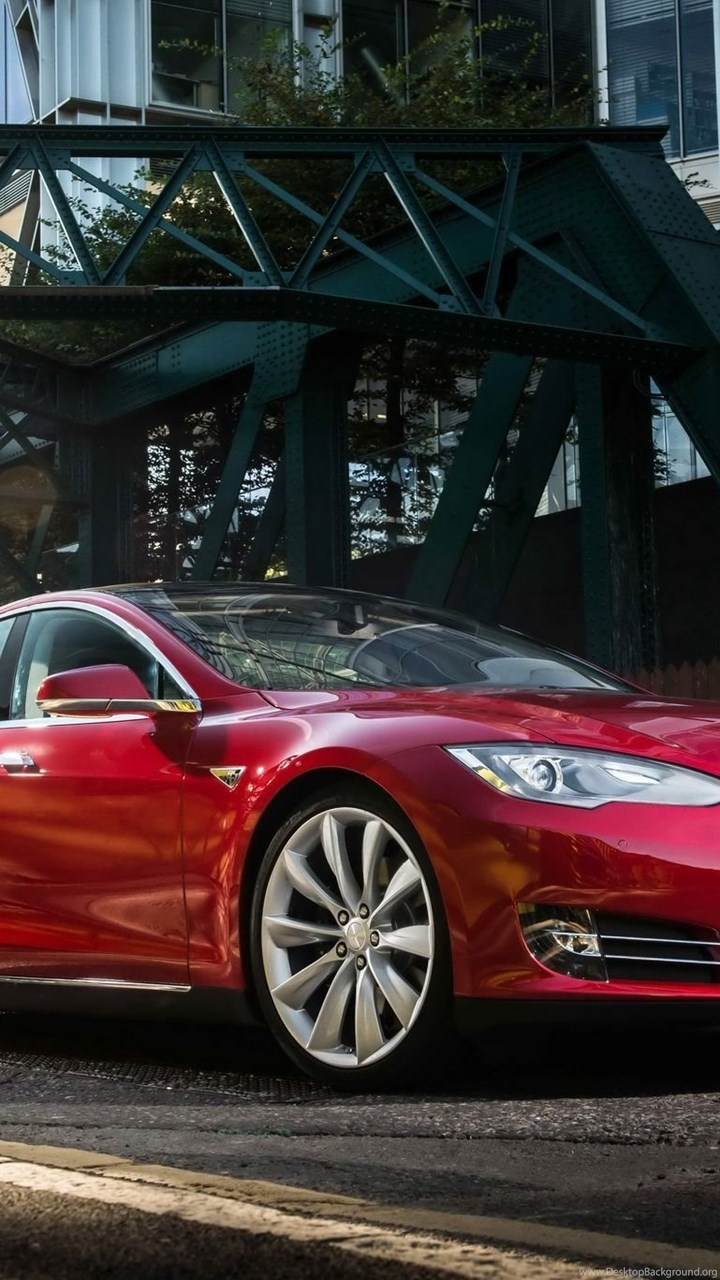 Tesla Motors Releases The All Wheel Drive Model S 70D VR