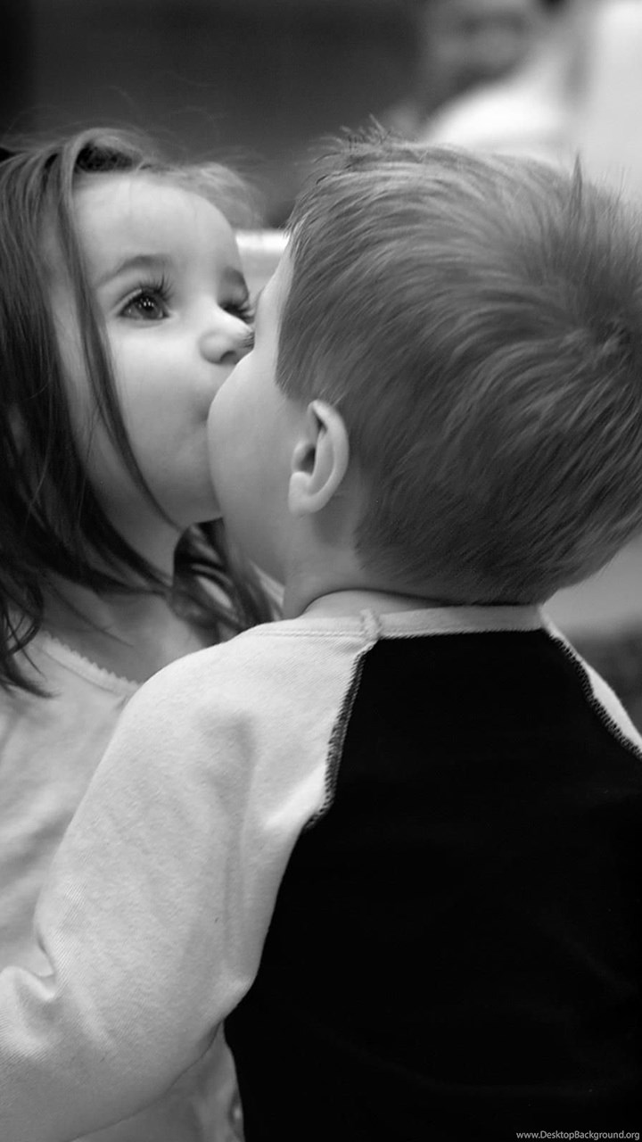 Little boy kiss to child girl black and white hd baby kiss fullscreen thecheapjerseys Gallery