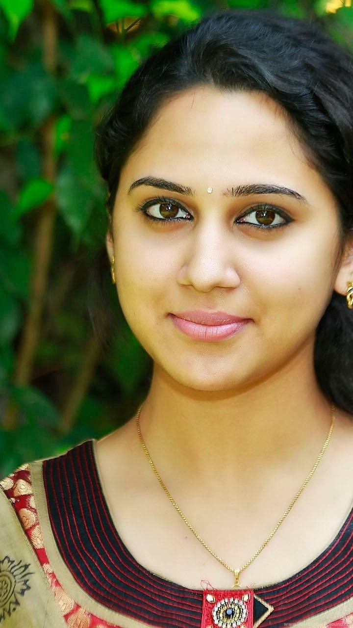 mia george malayalam actress hd wallpapers indian actress