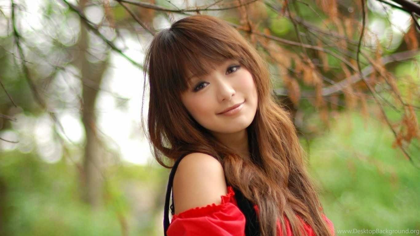 Beautiful Sexy Japanese Girl Wallpaper