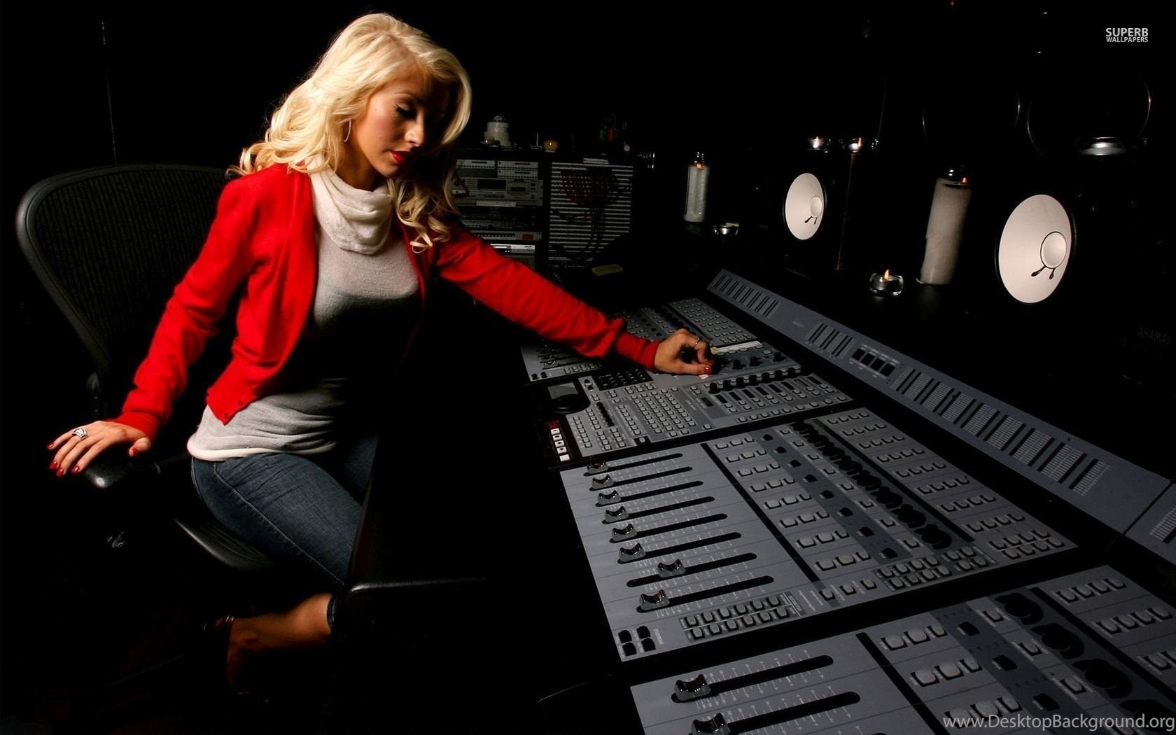 Christina aguilera in a recording studio wallpapers - Music production desktop wallpaper ...
