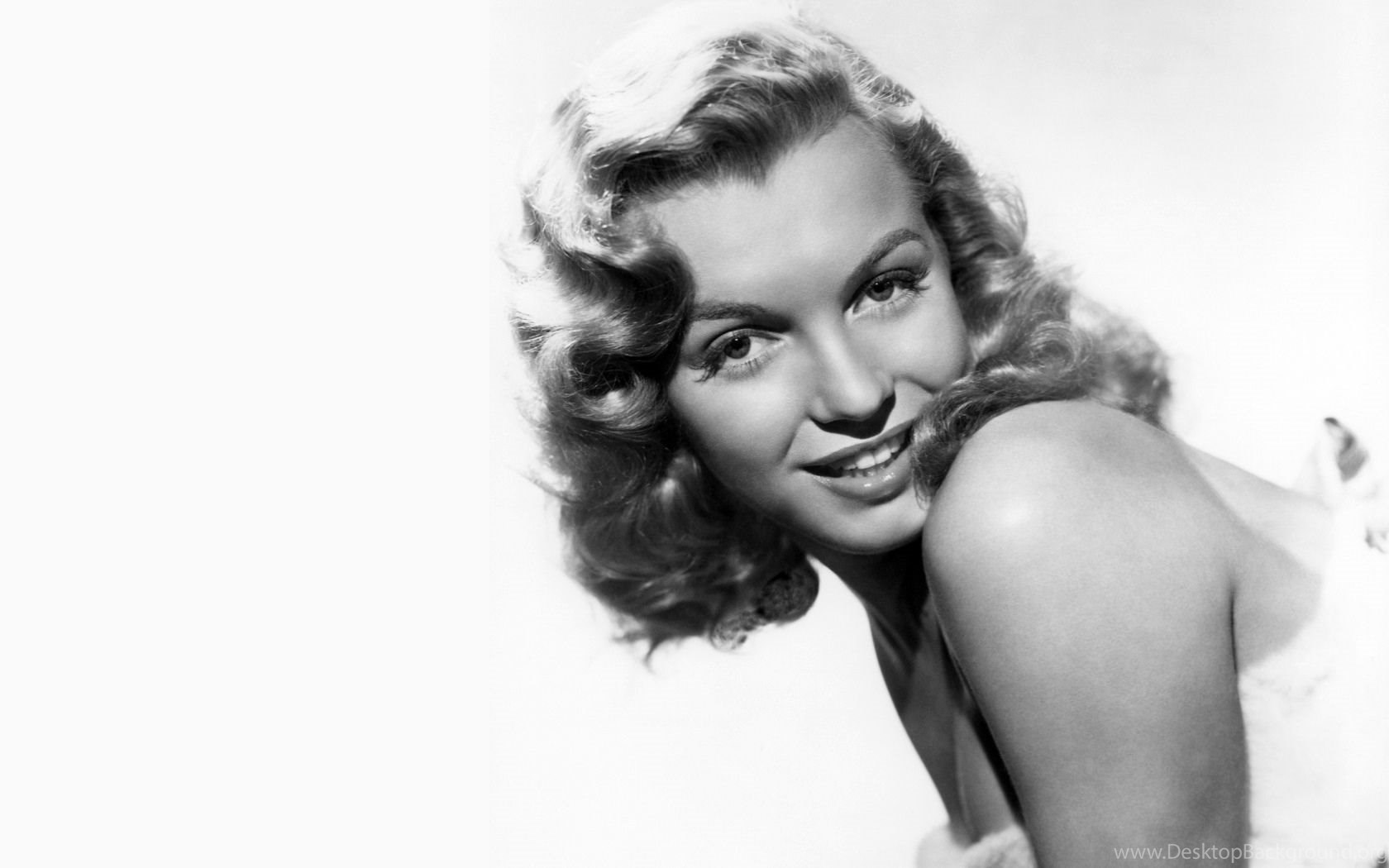 Black And White Picture Of Marilyn Monroe Wallpapers 704563