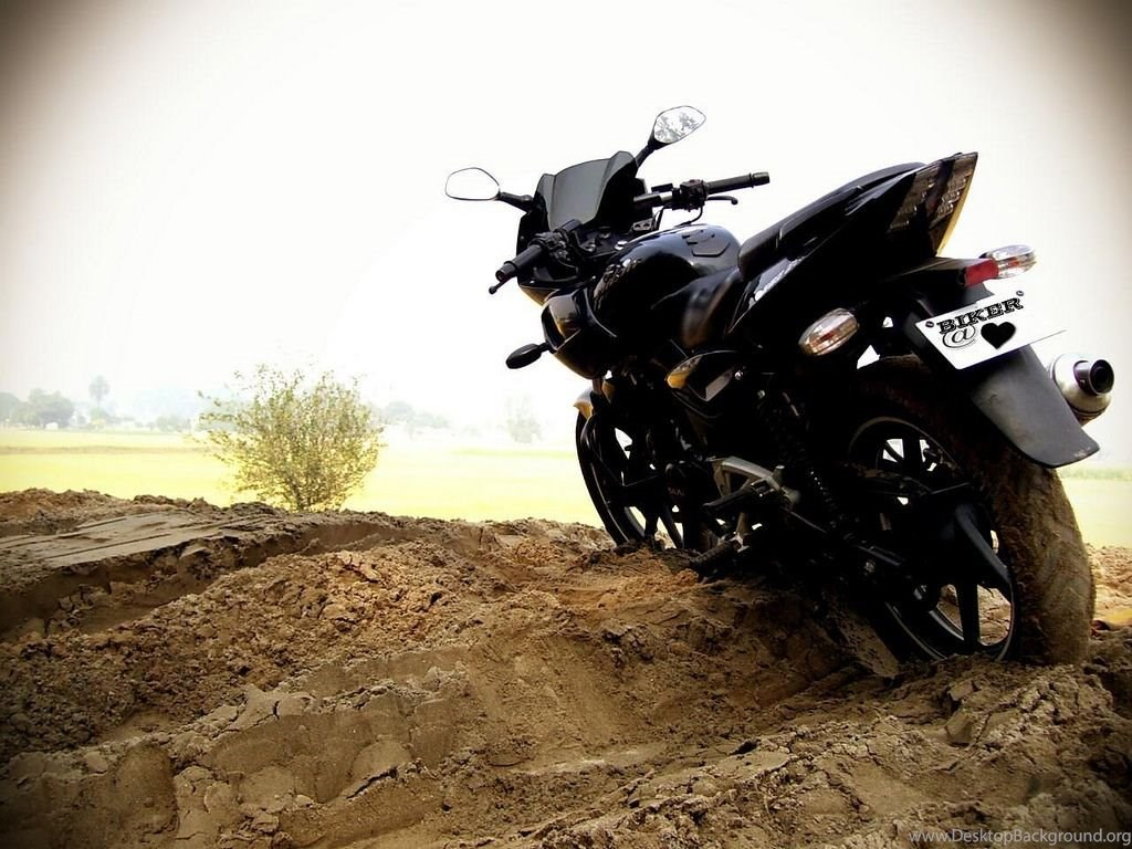 Bajaj Pulsar 220 Wallpaper 14 Desktop Background
