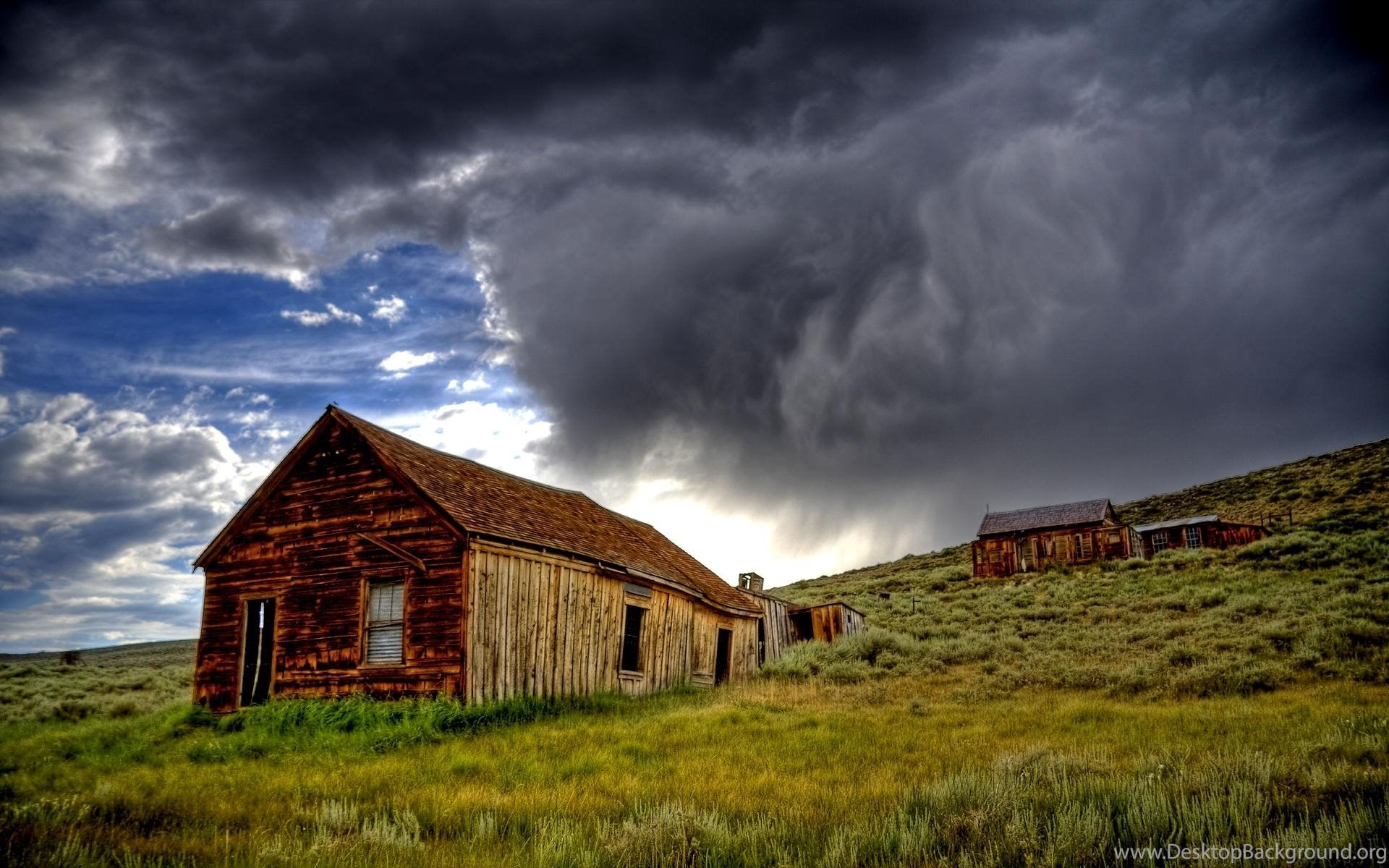 bodie ghost town storm ( desktop background