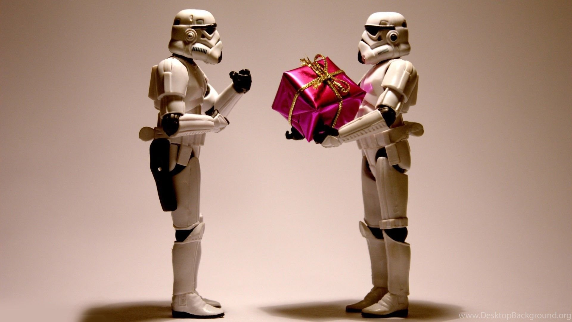 Stormtroopers With A Christmas Present Star Wars Funny