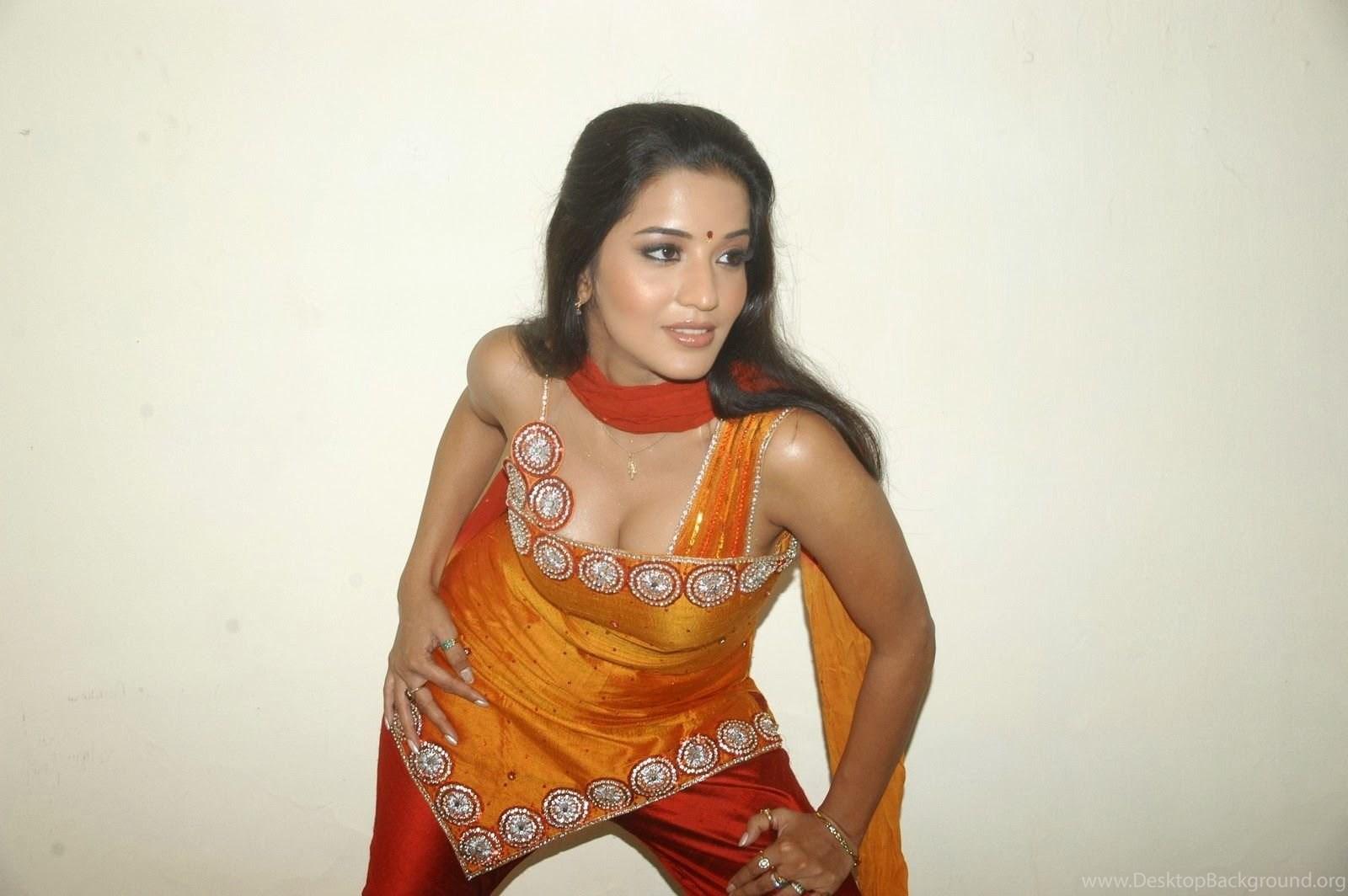 Hot Bhojpuri Actress Monalisa Photos Gallery Bhojpuri Actress