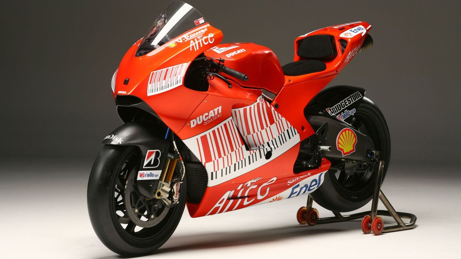 View Of Ducati Sports Bike Wallpapers Hd Car Wallpapers Desktop
