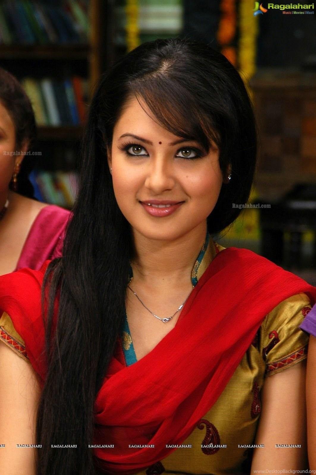 Actress Pooja Umashankar 2016 Latest Cute & Hot Gallery