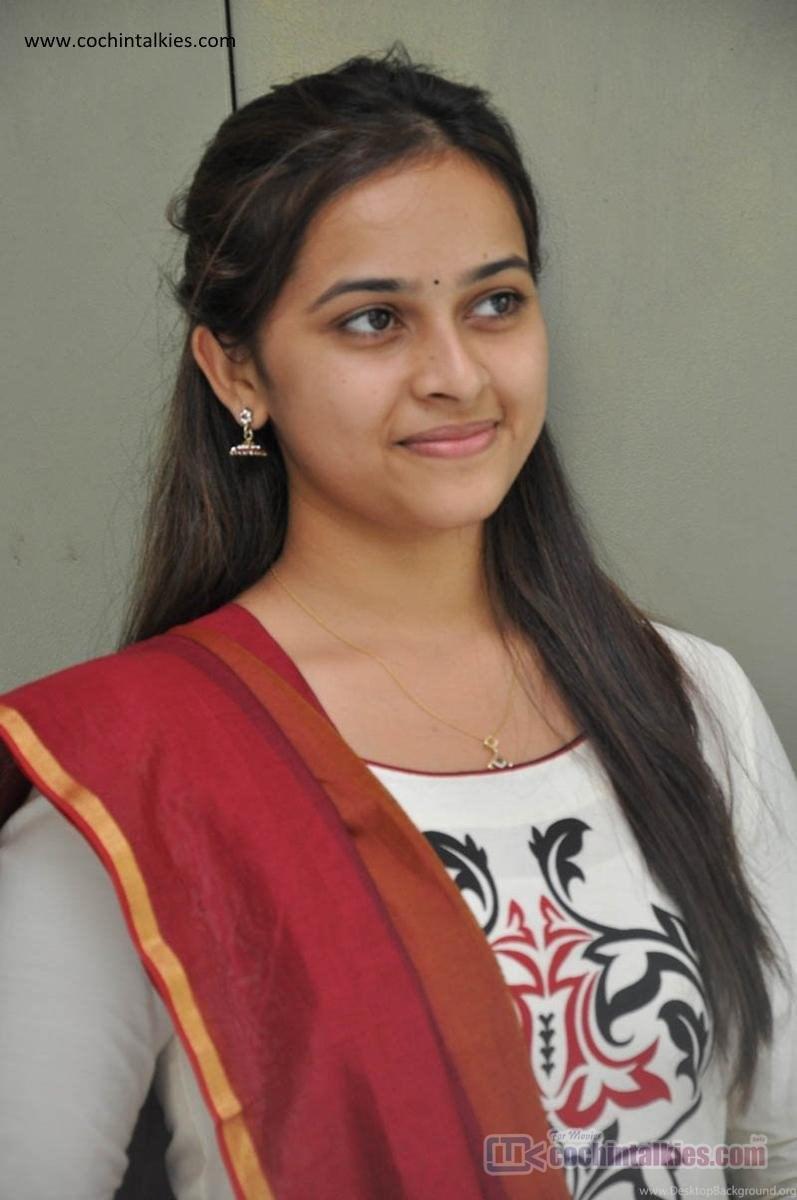 Tamil Actress Sri Divya Hd Photos Photos Tamil Actress Sri Divya