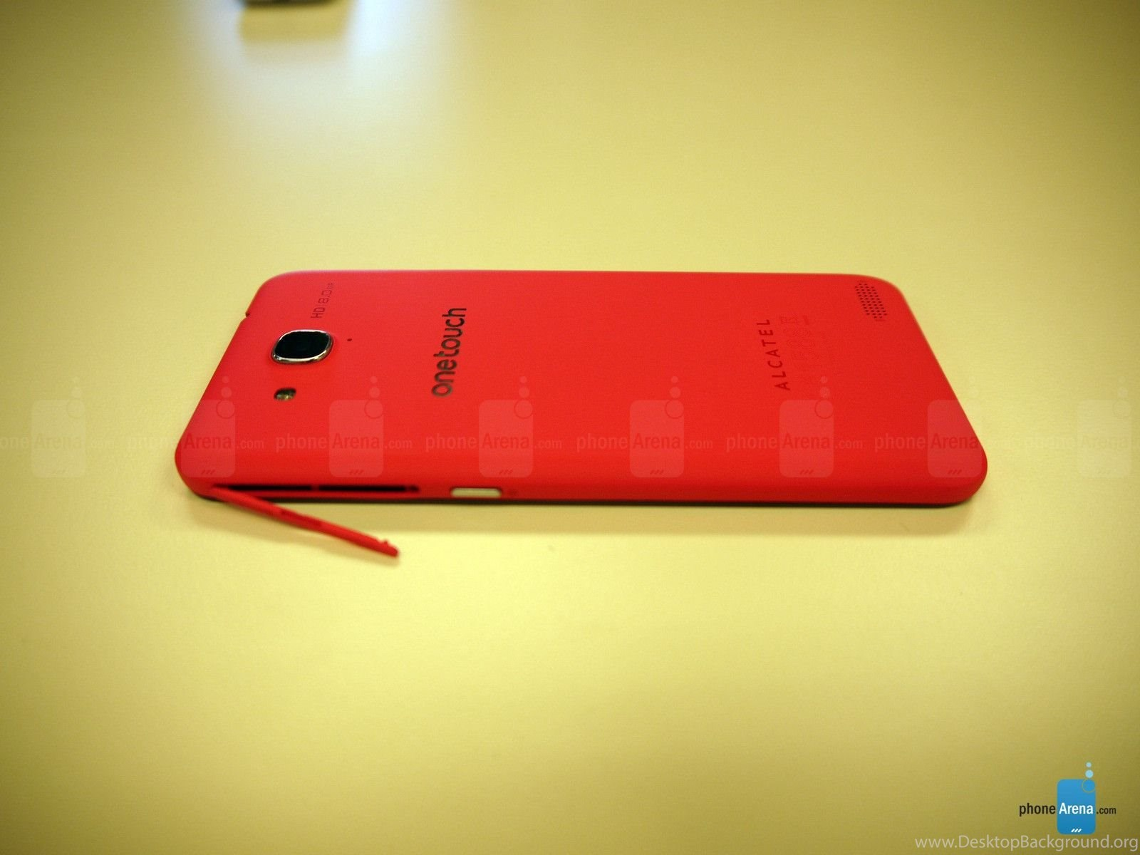 Alcatel One Touch Idol S Hands On Desktop Background