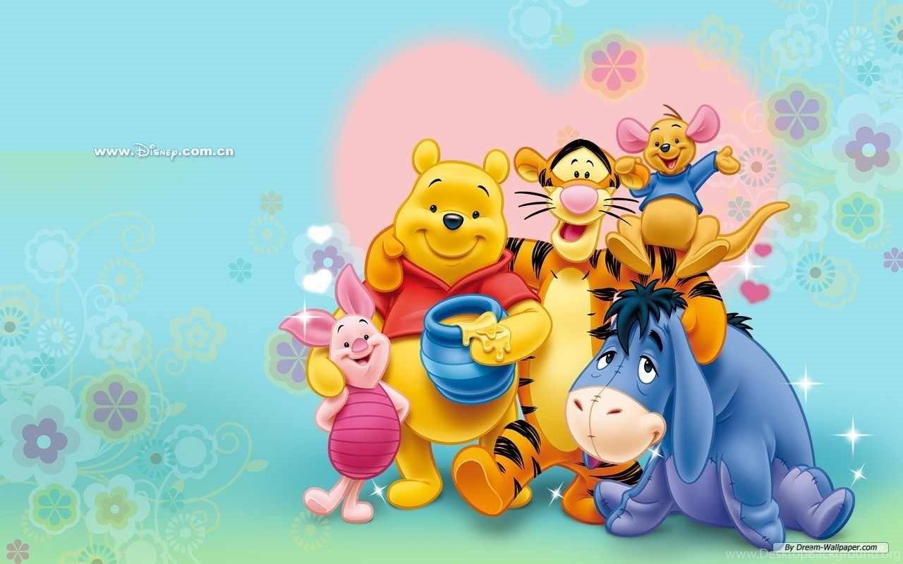 Baby Winnie The Pooh Eating Honey Wallpaper Desktop Background