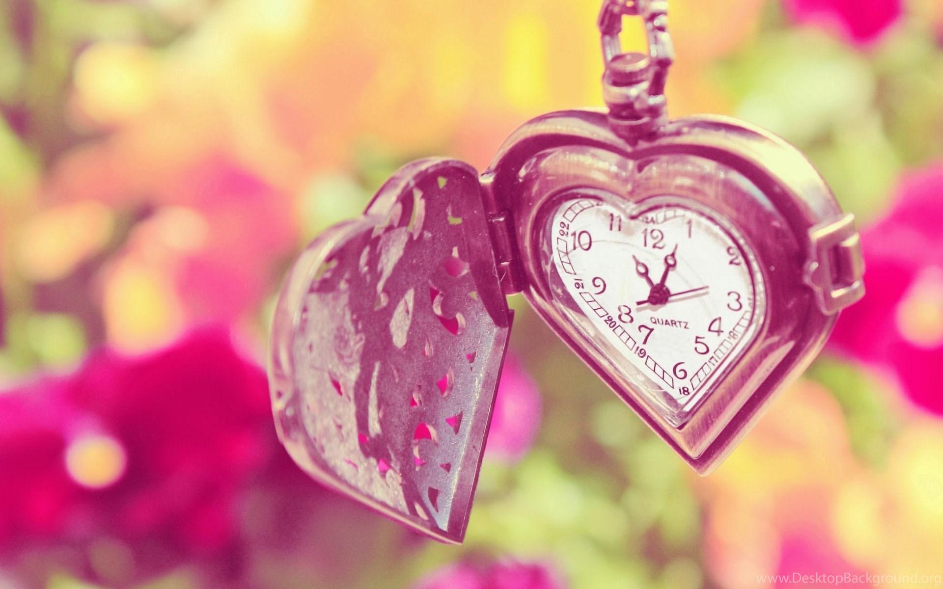 Love Heart Pendant Clock Hd Wallpapers Desktop Background